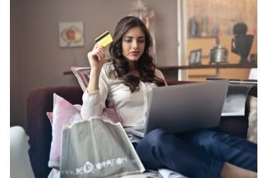 Rūbai internetu – kaip nusipirkti neapsirikus?